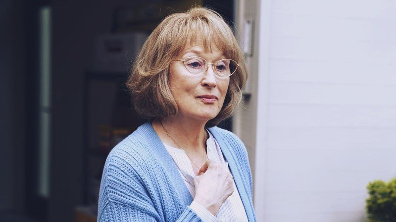 Halloween Costumes Meryl Streep dressed in the big little lies.